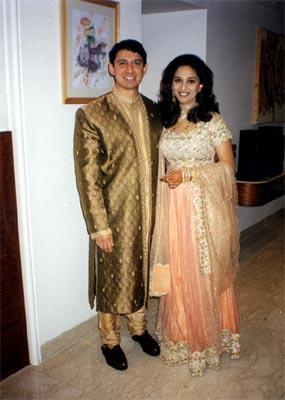 madhuri dixit wedding album - photo #18